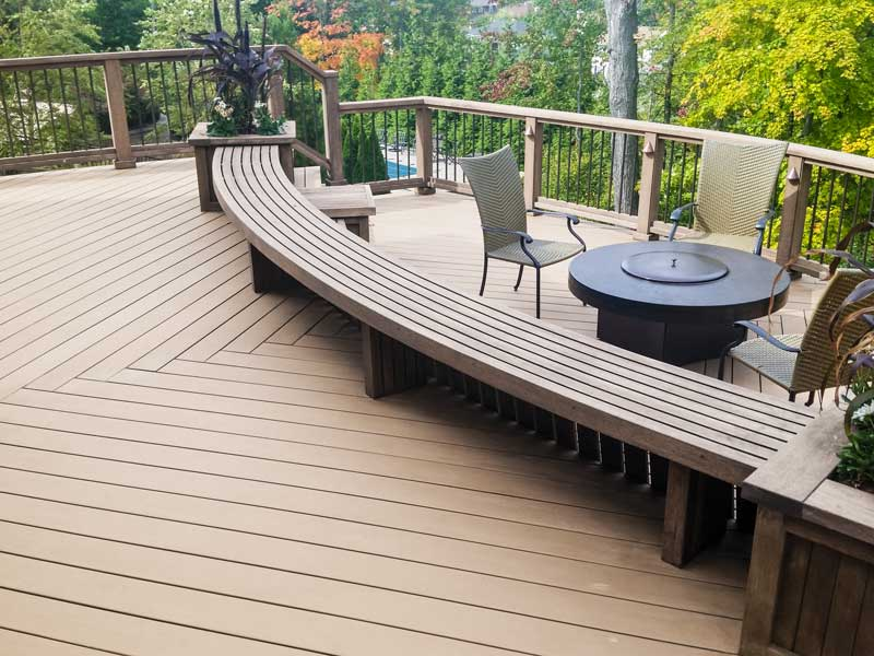 Create your style. Choose the color for Decking, Bench and Railing